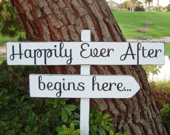 HaPPiLY EVeR AfTeR BeGiNs HeRe - DiReCTioNaL WeDDiNg SiGnS -Simple Handwriting - 4ft Stake - Distressed White