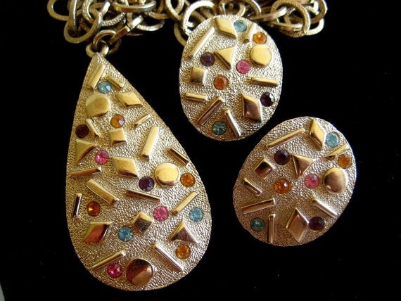 Sarah Coventry Sultana Necklace Earrings Set Vintage