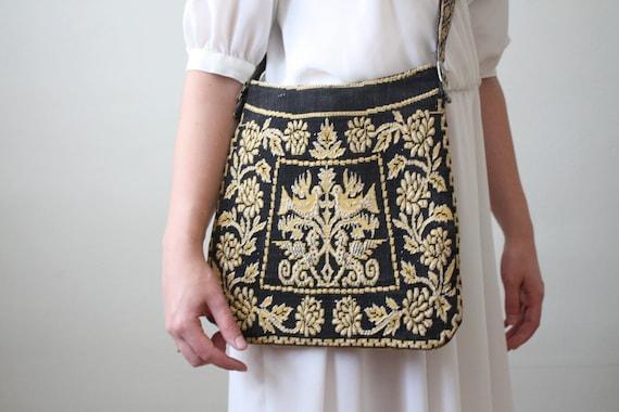 bird purse - vintage 1970's bird tapestry bag
