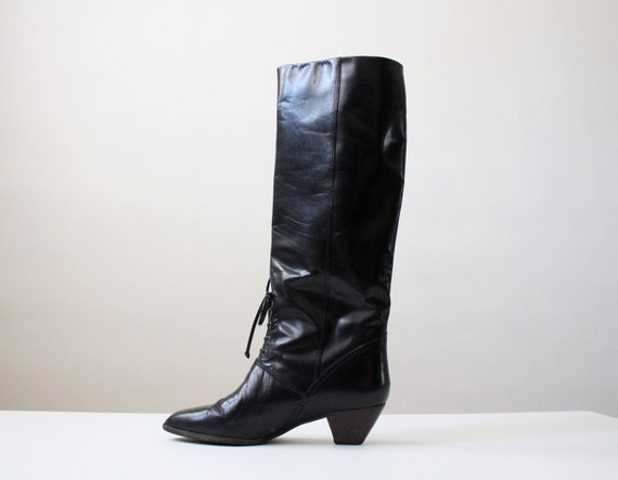 black leather boots - size 7