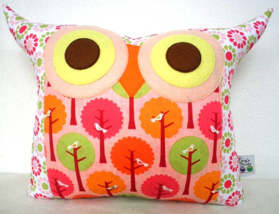 NEW/ Polyfil Stuffed The Pinky Peggie Owl Pillow/Ready to ship