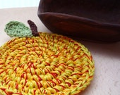Crochet Apple Coasters - Fruit Drink Coasters - Crochet Apple Rugs - Rustic Kitchen Decor - Gift for Teacher - Hostess Gift - 4 pc