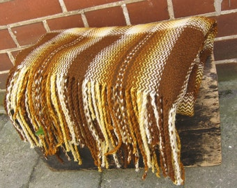 Hand woven vintage wool blanket, hand woven throw, wool shawl, rustic decor, country farmhouse