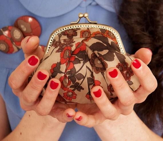 Red floral Gigi purse