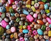 India Mottled Coat Glass Beads Mixed Colors 10 to 15 mm Lot of 80 Beads