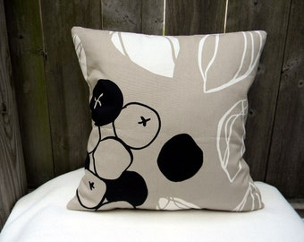 "Majken Removable Pillow Cover,Cushion Cover,Sofa Pillow Beige White Black Pattern Set Of Two 18""X18"""