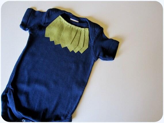 Baby Girl Bodysuit, Arrows, Moss Green On Navy Blue, 6 Months, Sale