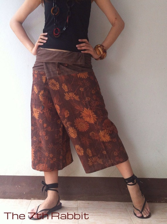 Daisy  Printed Fisherman Pant in Brown