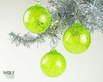 Blown Glass Christmas Tree Holiday Ornament Suncatcher Neon Lime Peridot Green Ice