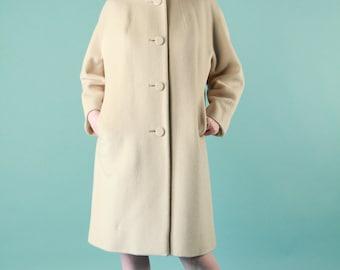 Vintage Coat Cream Wool M Slit Pockets 50s Pan Collar Big button
