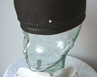 HAT Vintage Pill Box era Costume Jackie O Vogue Dress Up Black Beads with GLOVES