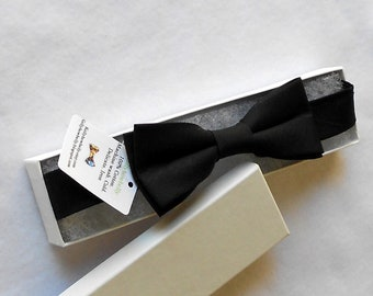 Black Bowtie - Infant ,Toddler, Boys 2 weeks before shipping