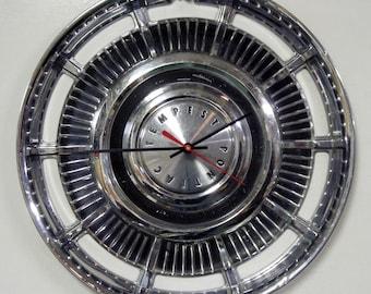 1962 - 1963 Pontiac Tempest Hubcap Clock - Classic Car Hub Cap Wall Decor - Mens Gift