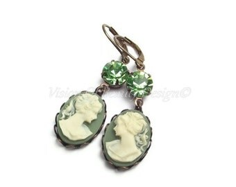 Ivory & Green Cameo Earrings, Peridot Earrings, Clip On Earrings, Holiday Colors