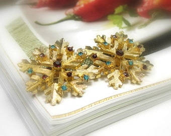Vintage Clip On Swarovski Crystal Earrings, Antique Dodds Earrings, Collectible Jewelry, Red, Green, Gift Ideas For Her, Snowflakes