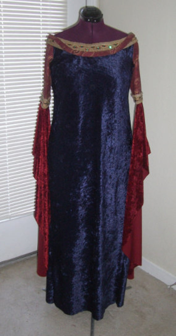 Blood Red Gown - COSTUME version