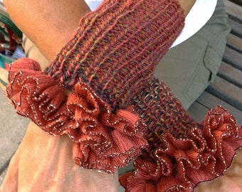 TuTu Lamé Ruffled Wristers Pattern