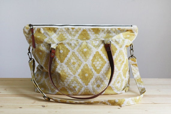 Yellow Honeycomb Zipper Tote