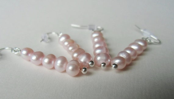 Simplicity. Light pink pearl earrings