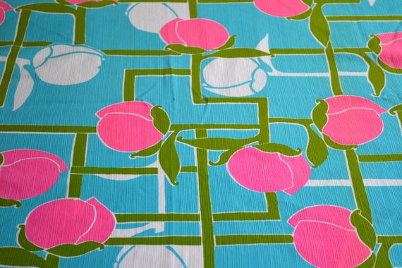 Vintage Fabric - Mod Rosebuds in Pink and Turquoise - Remnant Piece
