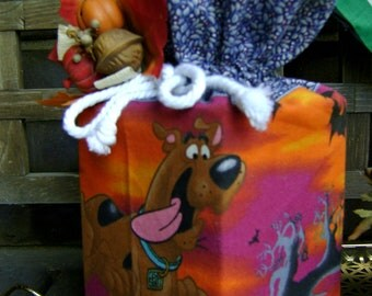 Just reduced Scooby Doo Halloween Boutique Tissue Box Cover w/denim blue trim