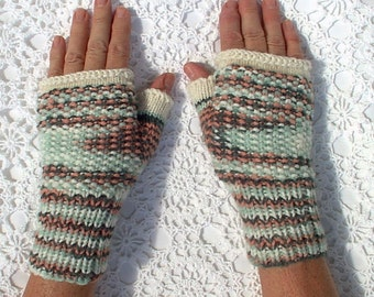 Mittens Fingerless Texting Peach Green White Hand Knit Women Ladies Teens