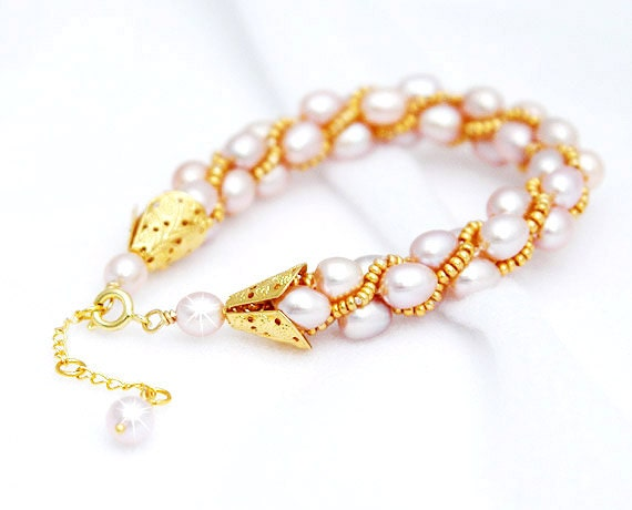 Pink Pearls and Gold Crochet Bracelet - Treasures of the Sea