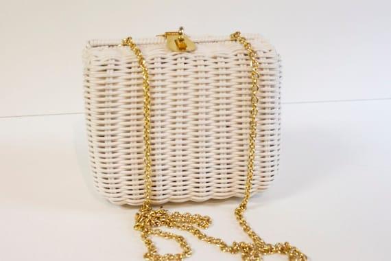 Vintage 1960s White Basket Purse by La Regale