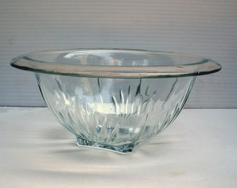 Vintage 1930s ANCHOR HOCKING Embossed Depression Clear Glass Bowl
