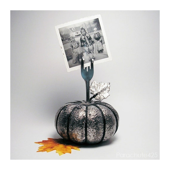 Silver Pumpkin Recycled Fork Card holder, photo holder, Halloween, Fall, Thanksgiving, hostess gift