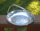 Grapes basket tray with swirled handles, aluminum Buenilum design