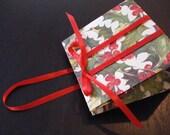 Mini Christmas gift bag - Holly (set of 2)