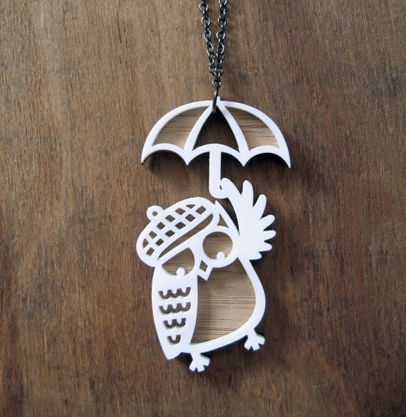 Snow Owl Wanderer Pendant