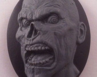 "SALE! Zombie ""BRAINS"" Cameos 40x30mm, set of 4 in Decay on Black"