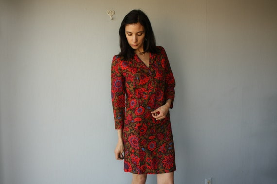 1960s suit / 60s skirt suit / skirt and jacket / 1960s two piece set / tapestry floral suit - size small