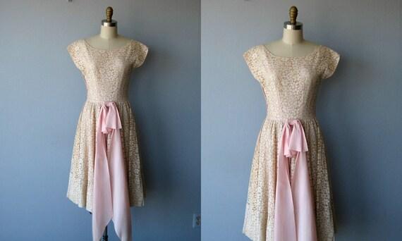 SALE / 50s dress / 1950s dress / 50s party dress / full skirt antique cotton lace dress - size small