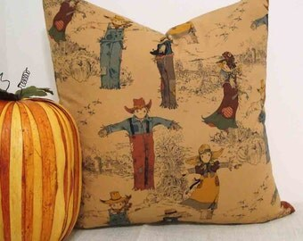 Halloween Scarecrow Pillow cover for 18 - 20 inch pillow in scarecrow toile with zipper closure