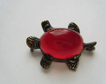 Turtle Pin Red Jelly Belly