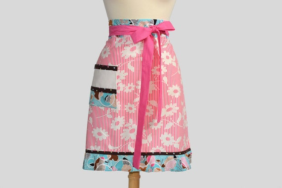 Retro Womens Half Apron . Chefs Style Half Apron in Cute Pink Stripe Daisy and Sassy Blue Ruffle on Skirt