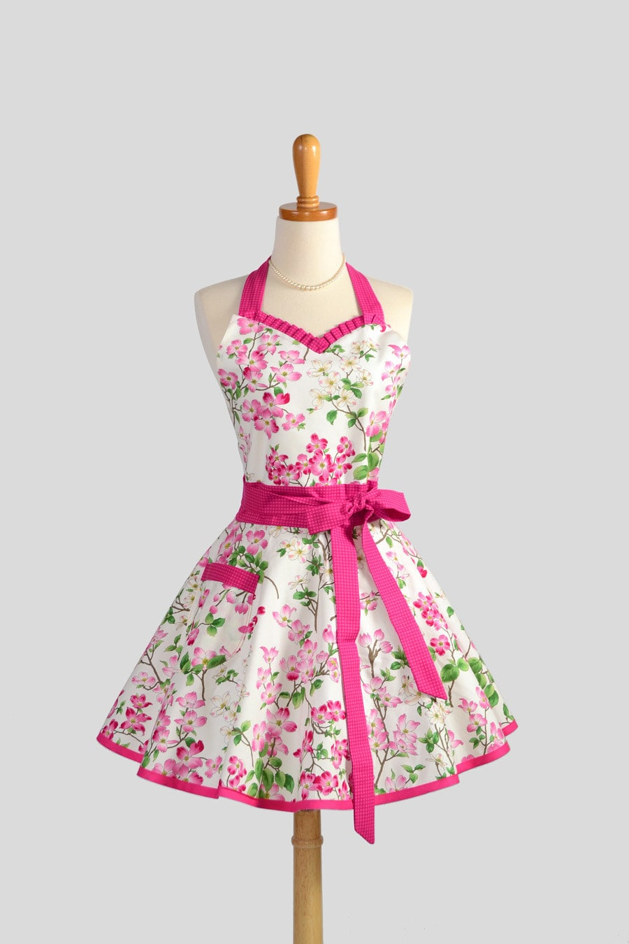 sweetheart retro apron handmade sexy womens apron in cute. Black Bedroom Furniture Sets. Home Design Ideas