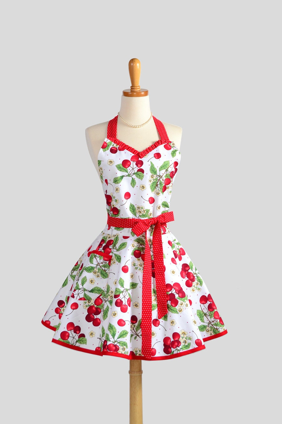 Sweetheart retro apron sexy flirty womens apron in flirty for Apron designs and kitchen apron styles