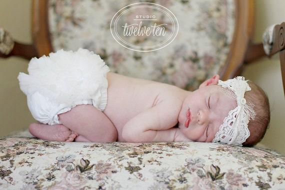 CREAM Baby Bloomers. Bloomers, Baby Girl bloomer, Newborn bloomers, Cake smash, Ruffle Diaper Cover, Ruffle bum baby bloomer, Ready to ship
