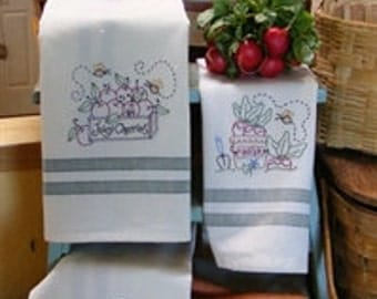 Fresh Picked Tea Towel Hand Embroidery Pattern Bird Brain