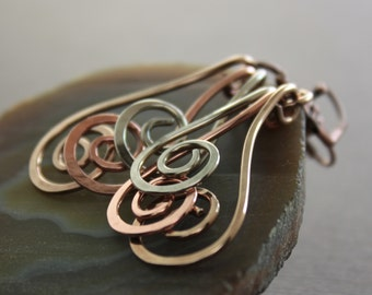 Swirly waves mixed metals earrings - Dangle earrings - Chandelier earrings - Mix metal earrings - Long earrings - ER084