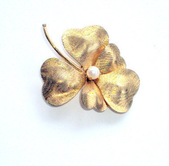 Vintage Carl Art Brooch ,Estate 1970 Signed  with Prong set Pearl in Middle.  Pansy Design