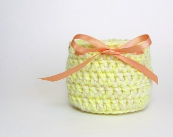 Butter Yellow Basket Cottage Chic Bowl Yarn Container Fiber Organizer Apricot Ribbon Nursery Décor Dorm Décor Cute Storage Pot Handmade
