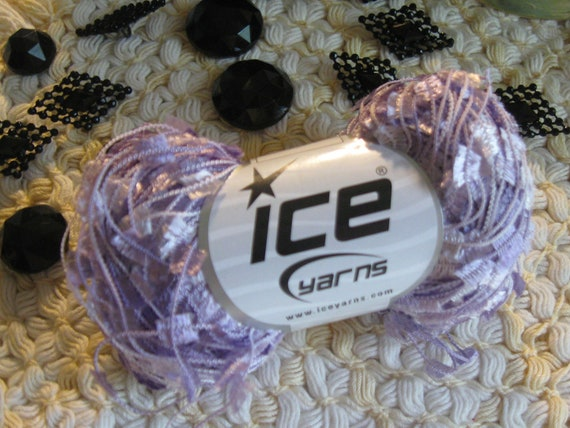Pale Purple White Ice Butterfly Flag Yarn 164Yards 20271