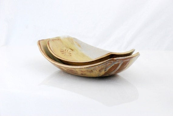 Serving bowls oval shape set of two in golden brown and white