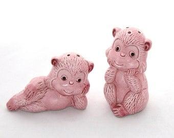 Vintage Salt & Pepper Shakers Monkeys Pink Apes Japan