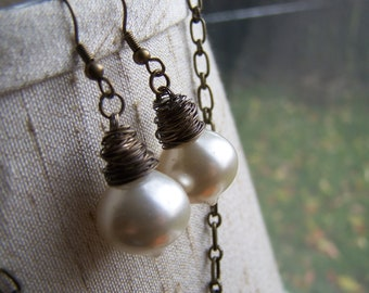 Upcycled Vintage Pearlized Acorn Necklace Earring Set, Wire Wrapped, Ecru, White, Wedding, Bride